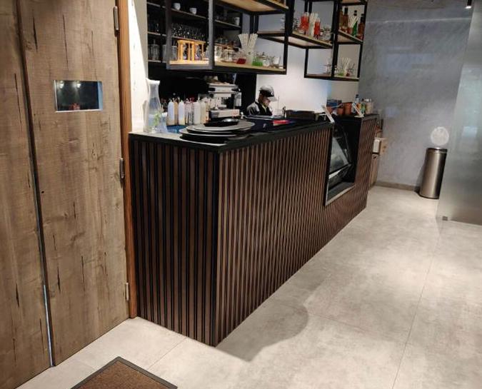 Wall on seamless Plank Carousal2